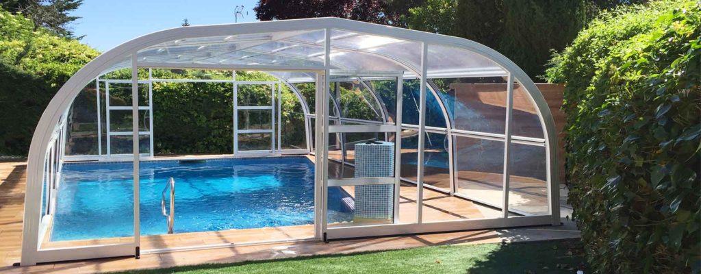 6 razones de importancia para instalar una cubierta para for Cubierta piscina desmontable