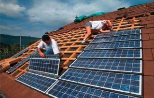 6 Detalles sobre la Adición de Paneles de Energía Solar para Casas