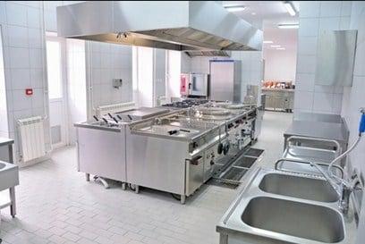 Desventajas al Instalar una Cocina Industrial en Casa