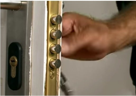Instalar cerraduras de seguridad