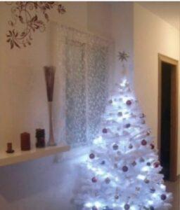 Árbol de Navidad Blanco con luces con dorado
